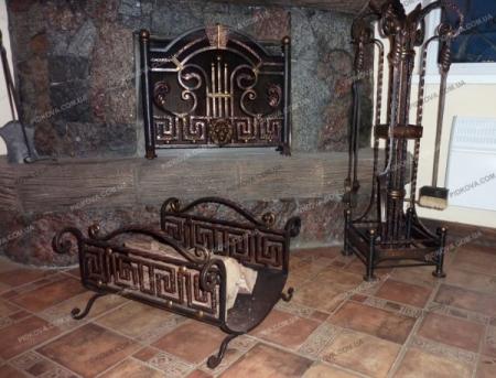 Ковані каміни та аксесуари для каміна